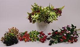 Искусственные ветки с ягодами