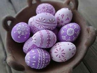 Декор великодніх яєць: 9 ефектних ідей