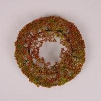 Вінок декоративний червоно-зелений D-18 см. 71762