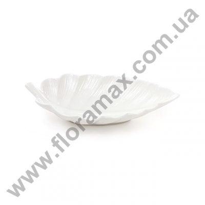 Фото Блюдо фарфоровое в форме листика 25 см. 31003